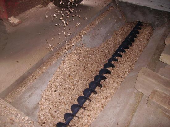 Vis de remplissage silo bois déchiquetés HERZ